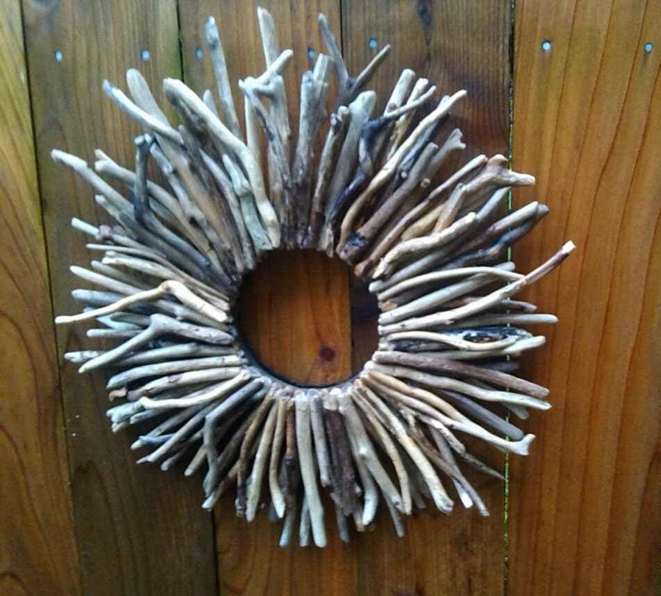 Wreath sunburst driftwood wall art home decor hand made beach for Sunburst wall art