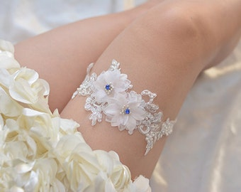 bridal garter, wedding garter, bride garter ,off-white  lace garter,,  beaded floral garter,light pink flower garter
