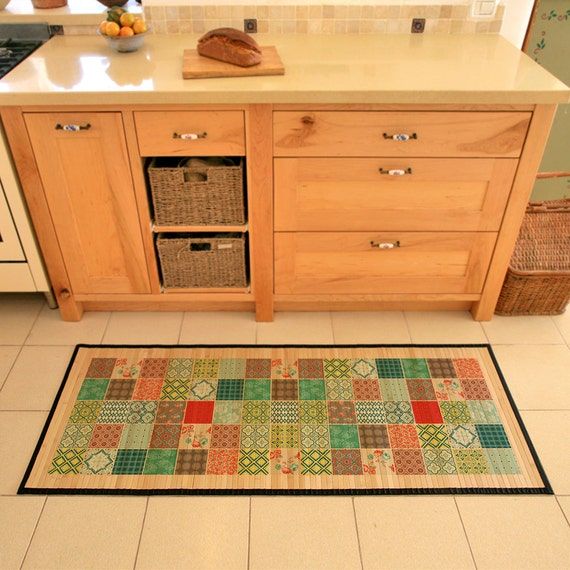 Printed Bamboo Rug Patchwork Design In Green Red And