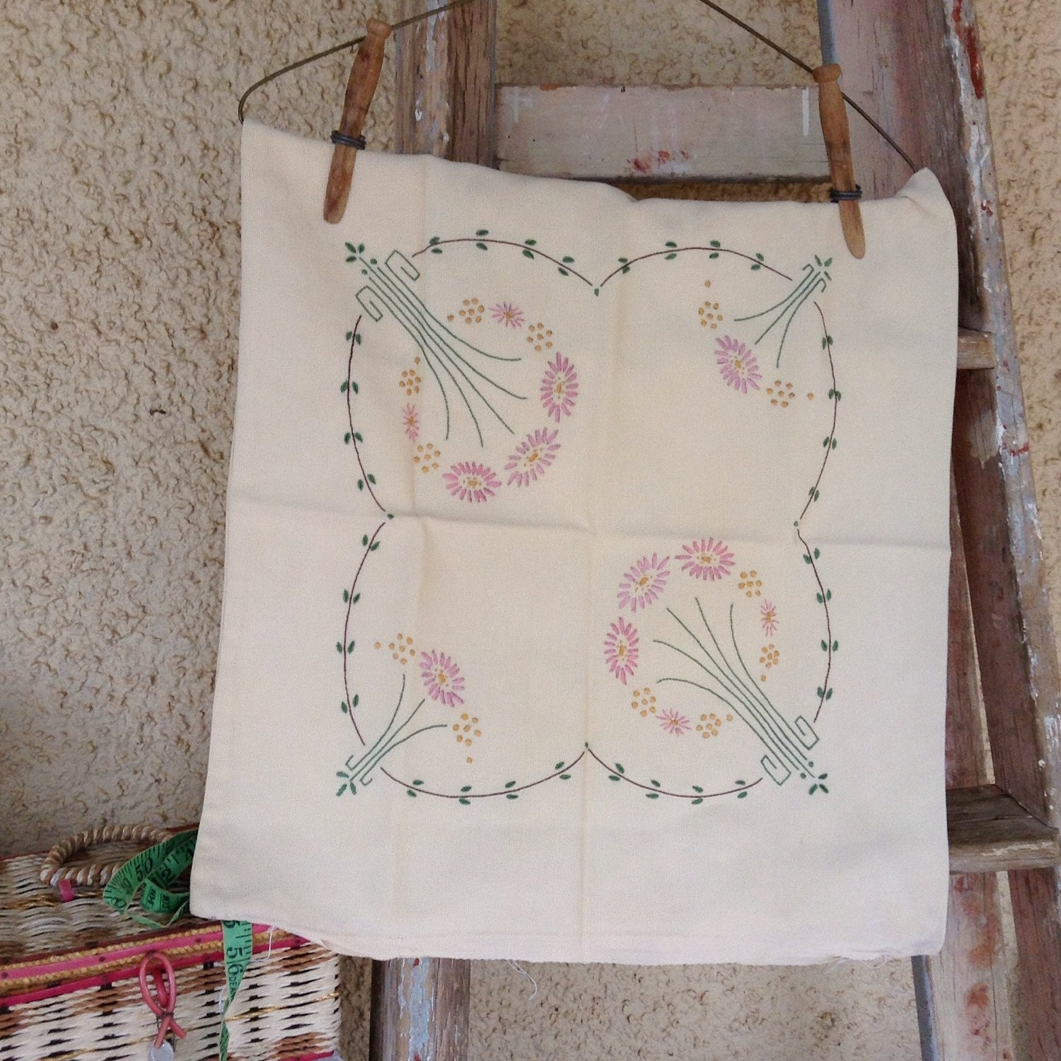 Vintage embroidery floral pattern cushion cover unfinished