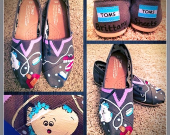 Custom painted Dental/Dental Assistant Toms. Designed and personalized just for you!