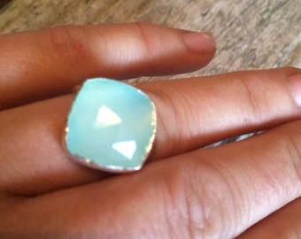 Peruvian faceted square opal, Size 7.5