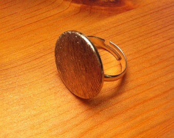 Patterened silver button ring