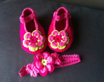 Dark pink Mary Jane Slippers, Girls Booties with Flowers, Baby Girl Shoes,Flowered Head Band