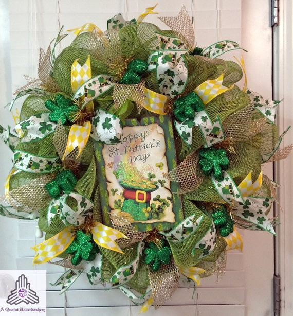 st patrick 39 s day shamrock deco mesh wreath. Black Bedroom Furniture Sets. Home Design Ideas