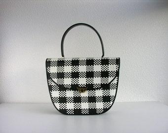 Vintage handbag / woven leather bag / navy and white bag