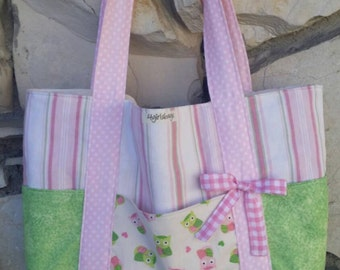 Baby Girl, owls and stripes, over the shoulder, Diaper Bag. Girl's diaper bag, pink diaper bag, Diaper tote bag