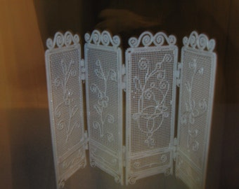french doll house screen