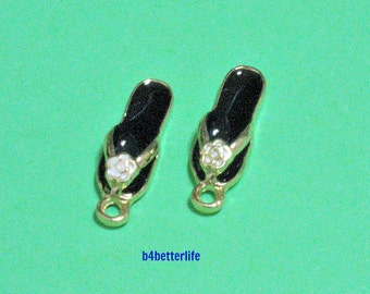 """Lot of 24pcs """"Black Slipper"""" Gold Color Plated Enameled Metal Charms. #HY2878."""