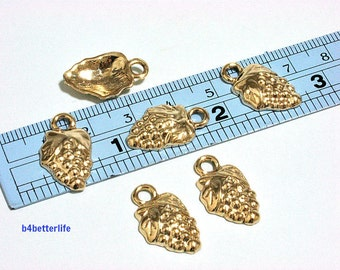 """Lot  of 24pcs """"Grape"""" Gold Color Plated Metal Charms. #XX148."""