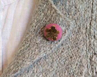Metallic bullion and linen brooch, Belgian linen-Vintage star BC010