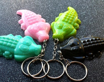 Swamp Family Gator Key Chain / Alligator KeyChain / Cute Keychain / Florida Souvenir / Swamp People / Louisiana Souvenir / Cute Alligator