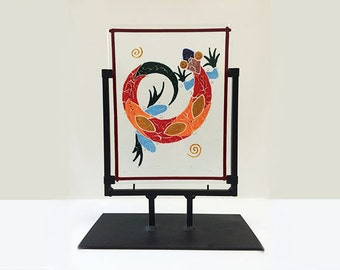 Colorful lizard panel 8x10.5 in black metal stand; overall size 11x14x5