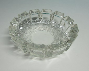 "Retro Glass Ashtray ~ Round Heavy Clear Glass ~ Buttons and Bows Design ~ Vintage Ashtray ~ Mad Men Décor ~ ""Back in the Day"""