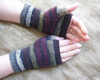 fingerless gloves, wristers, hand warmer, hides age spots, hides scars, warm hands,