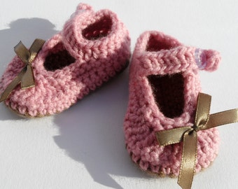 Dusty Pink Baby Girl Booties,, Knitted Baby Shoes