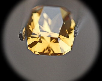 Heliador | Golden Beryl | 1.54cts | Precision Cut | The Stone Is Designed To Have A Magnificent Spark Throughout The Stone