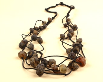 Baltic amber necklace with Linen string