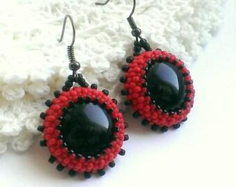 Red Beaded Earrings - Seed Bead Earrings - Hoop Earrings - Round Earrings - Beadwoven Earrings - Black Earrings - Beaded Hoops - Jewellery