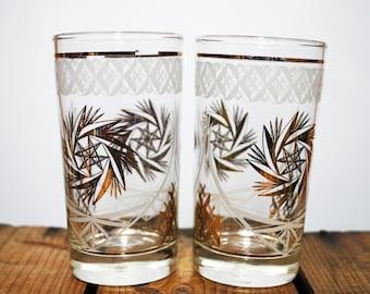 Vintage Drinking Glasses with Gold Star Design, set of 2 /  VintageBar / Hollywood Glam / Vintage Entertaining