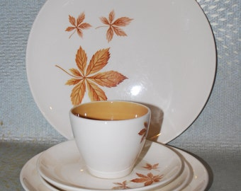 5 Piece Dinner Set Taylor Smith Taylor China Random Leaves
