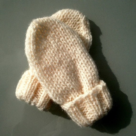 Plain Gloves Knitting Pattern : KNITTING PATTERN pdf, plain or striped mittens for baby, newborn to one year,...