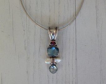 Birthstone jewelry for women - birthstone jewelry for new moms - birthstone necklace mom - birthstone necklace for grandma