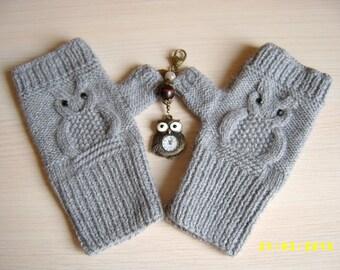 Owl fingerless gloves Owl fingerless mittens Grey fingerless gloves with black pastes