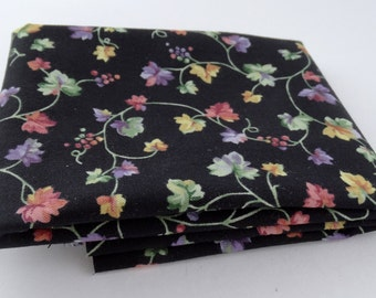 Fat Quarter - Red Rooster - Rosa's Collection  4183-22686-BLA