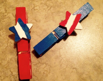 Red, White and Blue Clothes Pin Refridgerator Magnet Accessory