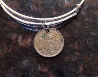Spain 10 pesetas expandable style wire bangle bracelet