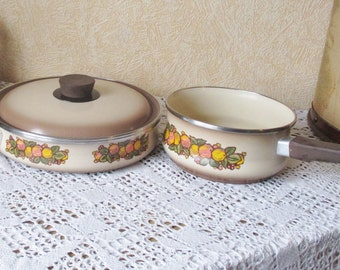 Vintage Enamel Cooking Pot Saucepan Casserole Brown Orange Design Enamelware
