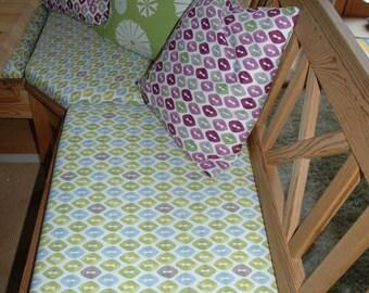 bespoke corner bench seat cushions, made to measure, costum-made bench cushions,  assortment of fabrics