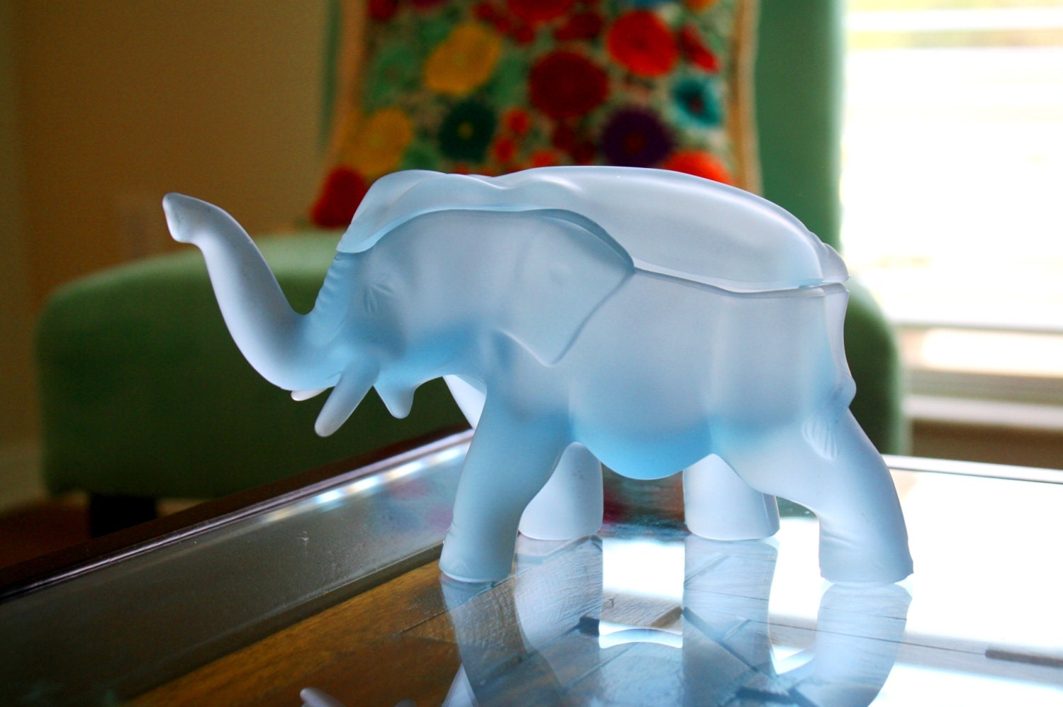 Elephant Glass Trinket Box Tiara Frosted Glass Blue Satin