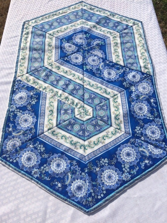 Triangle frenzy swirl hexagon table runner by