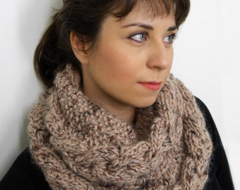 Beige Cowl for women made from 100% wool