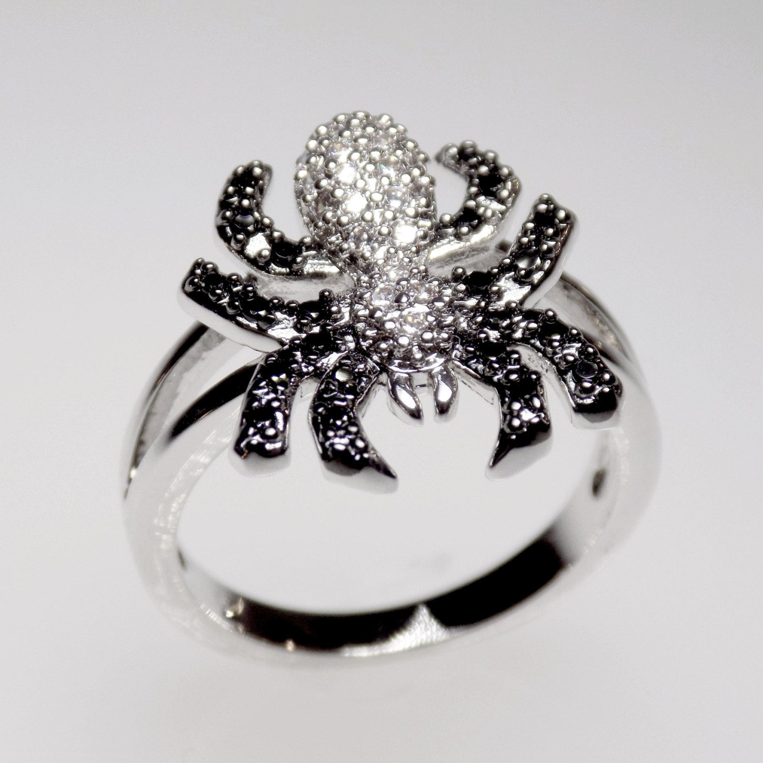 black and white spider ring spider jewelry by myrascollections