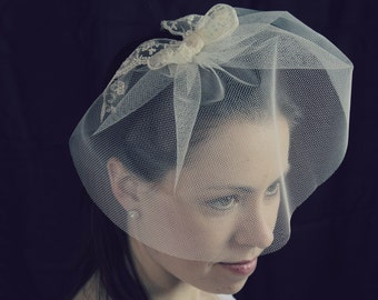 Bridal Veil, Ivory Birdcage with Lace Bow