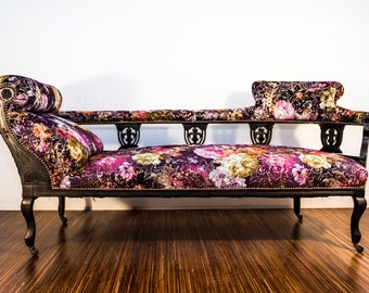 Stunning antique chaise longue chair
