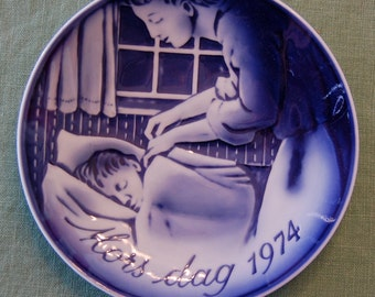 1974 Mors dag (Mothers Day) Plate by George Jensen