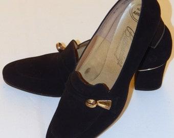Vintage Balenciaga Black Suede Pumps Gold Metal Detailing Sz 8