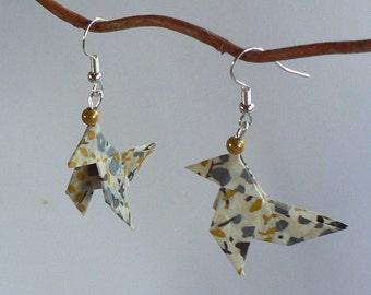 Boucles d'oreilles Origami Cocottes Fleurs Grises.
