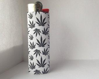 Black & White Pot Leaf Patterned Full Size Lighter