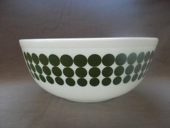 Pyrex Green Dots Bowl Large Avocado Green Polka Dot Mixing