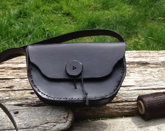 Simple black bag (14A)