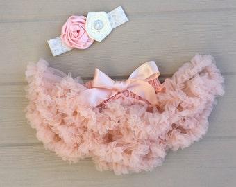 Newborn tutu. Baby petti skirt. Baby girl tutu skirt.  Infant lace tutu. Newborn baby girl picture outfit. Shower gift. Peach tutu skirt.