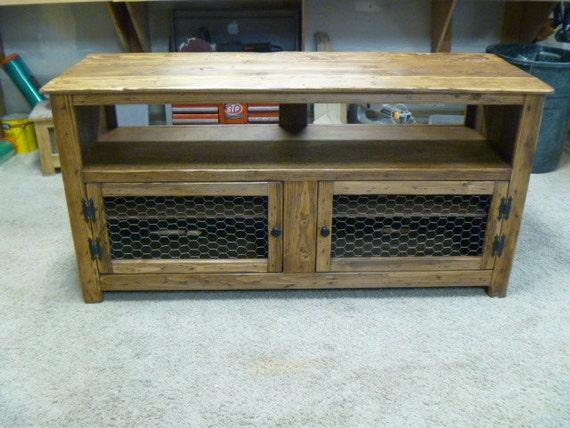 rustic pallet tv stand chicken wire doors sideboard. Black Bedroom Furniture Sets. Home Design Ideas