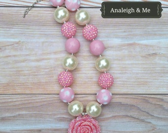 Pink and Ivory Chunky Necklace, Pink and Ivory Toddler Necklace, Pink and Ivory Baby, Pink and Ivory  Baby Necklace, Pink Chunky Necklace