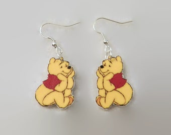 So Cute!! Sweet Animated Bear earrings Very light weight V3562