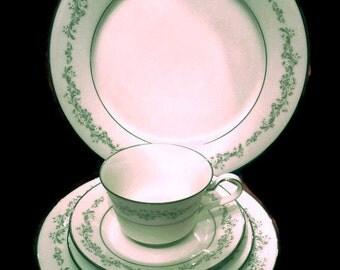 Vintage Parkridge Fine Ivory China Dinnerware Noritake - ivory, floral, gray, green, daisies